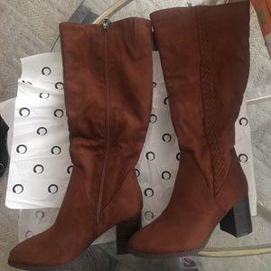 Wide Calf Boot/ Cognac Color